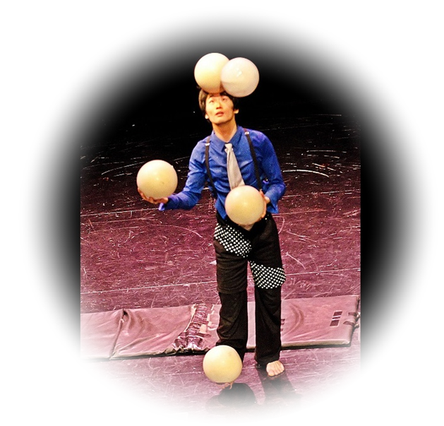 Big ball juggling show
